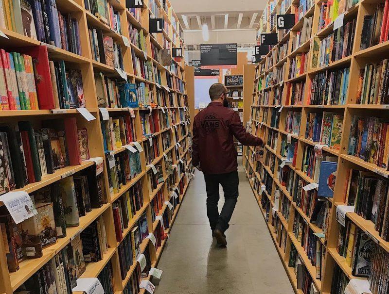 Powell's City of Books - Lemonade Portland Guide