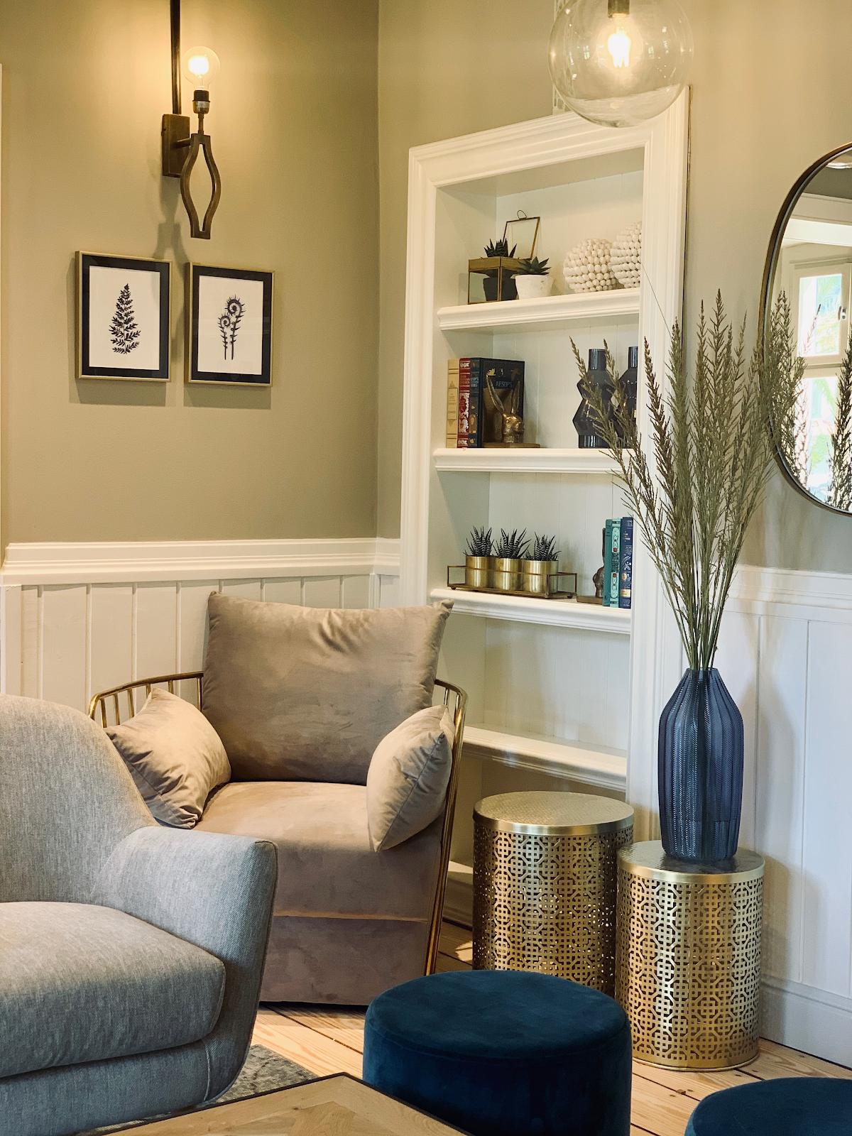 small-living-room-hacks-lemonade-blog